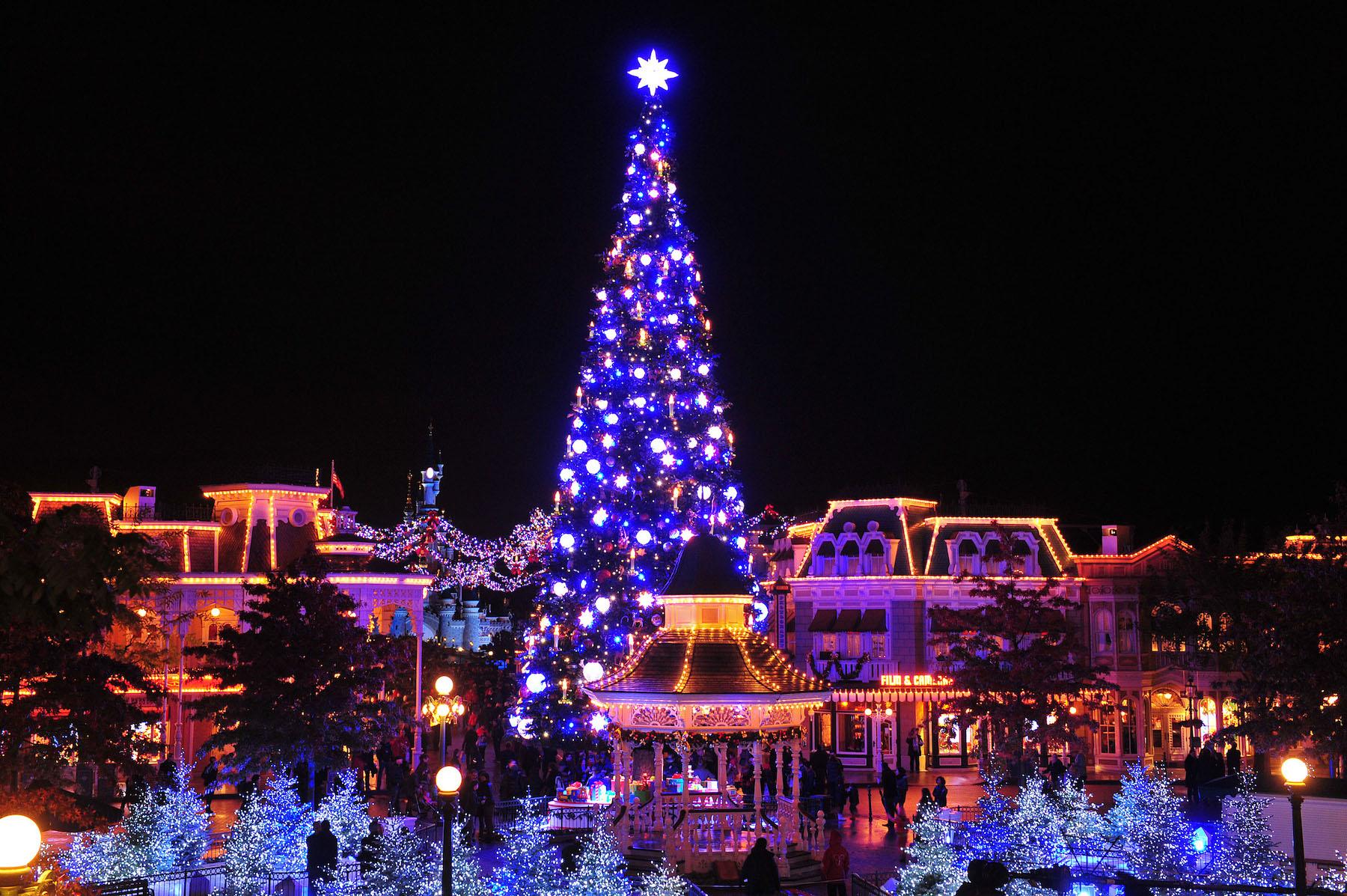 #2C1EAD Disneyland Paris : Saison De Noël 2015 Quelles Sont Les  6031 decoration de noel seconde main 1800x1197 px @ aertt.com