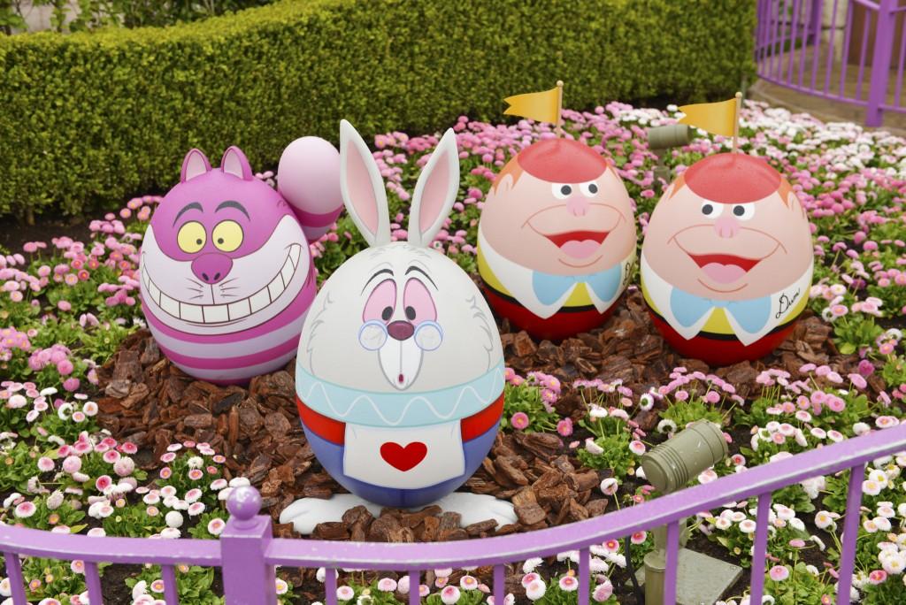 Disneyland-Tokyo-Alice-in-Wonderland-Easter-Eggs