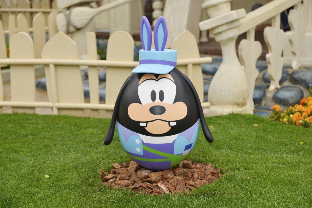 Goofy-Easter-Egg-Tokyo