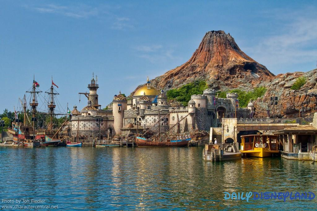 Tokyo DisneySea, Tokyo Disney Resort, Japan. Tue August 17th, 2010 Another re-edit :) Visit our site Disney Character Central for tons more Disney and Character pictures!