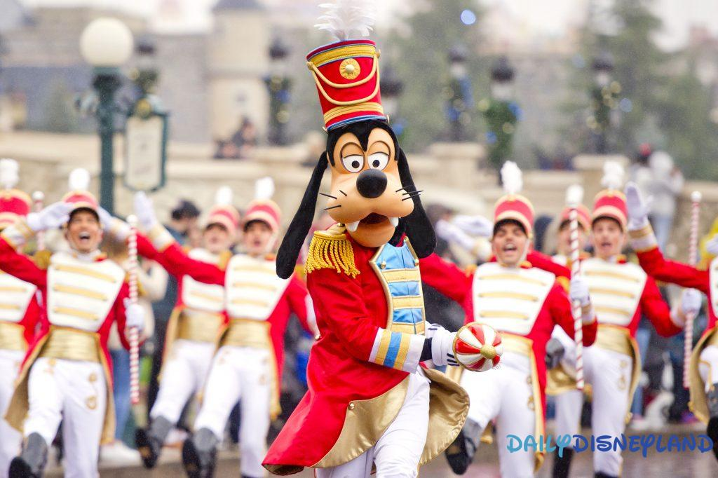 parade noel disney disneyland paris