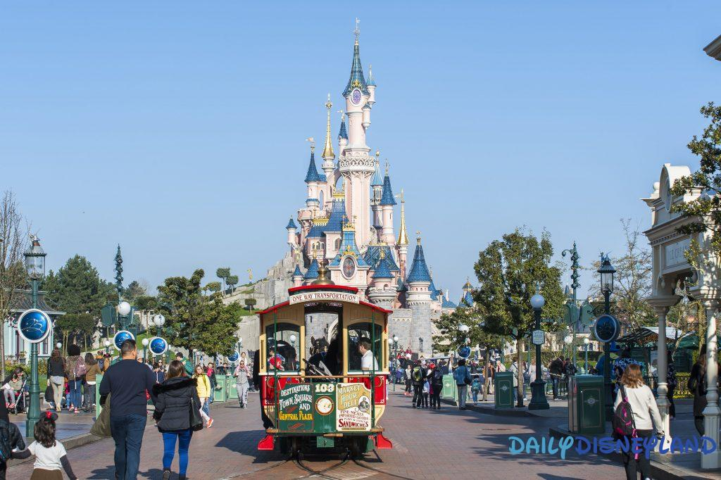 Join Daily Disneyland, a disney blog about disney parks and disneyland paris and become a disney blogger