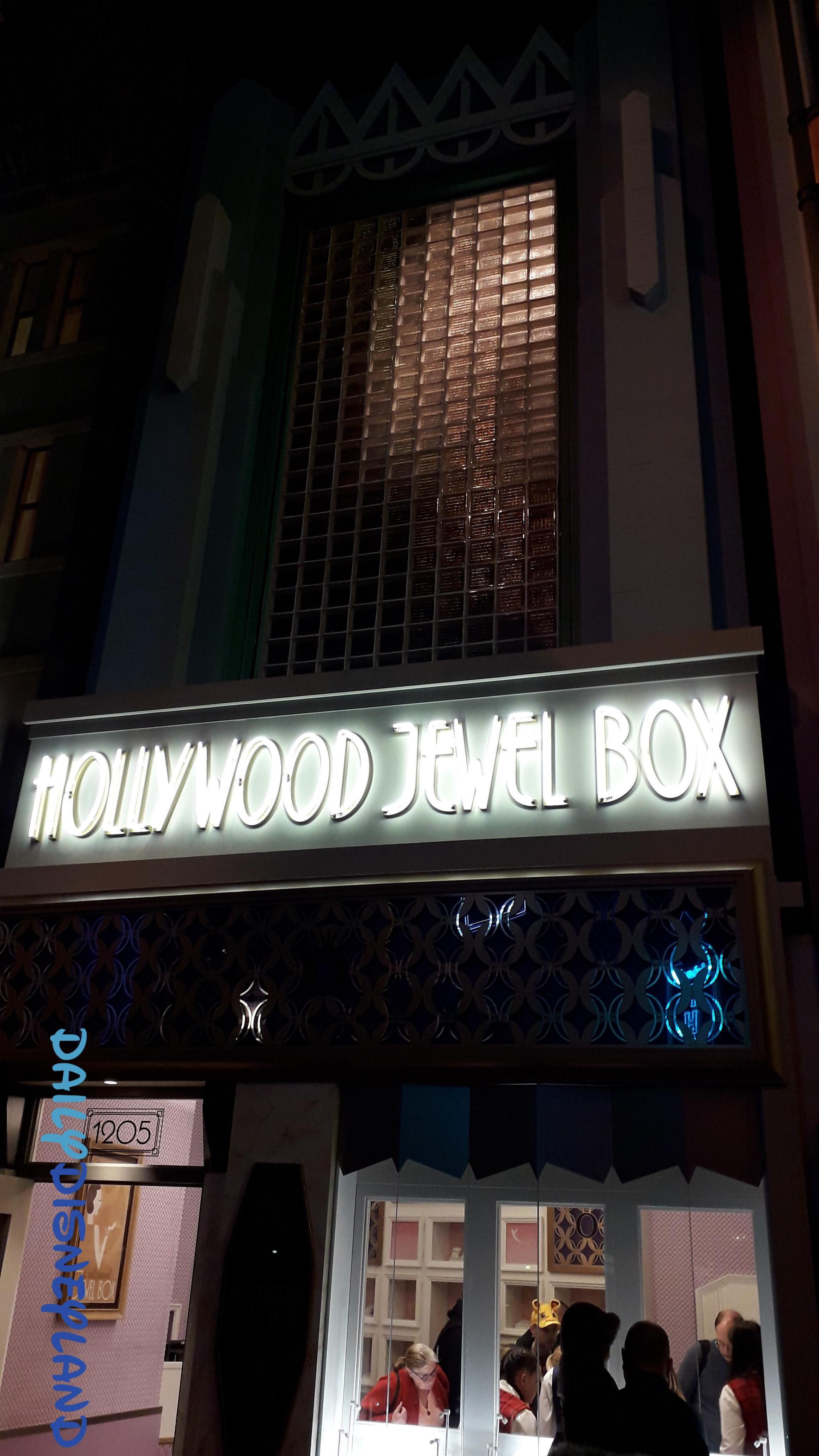 hollywood jewel box la nouvelle boutique par pandora. Black Bedroom Furniture Sets. Home Design Ideas