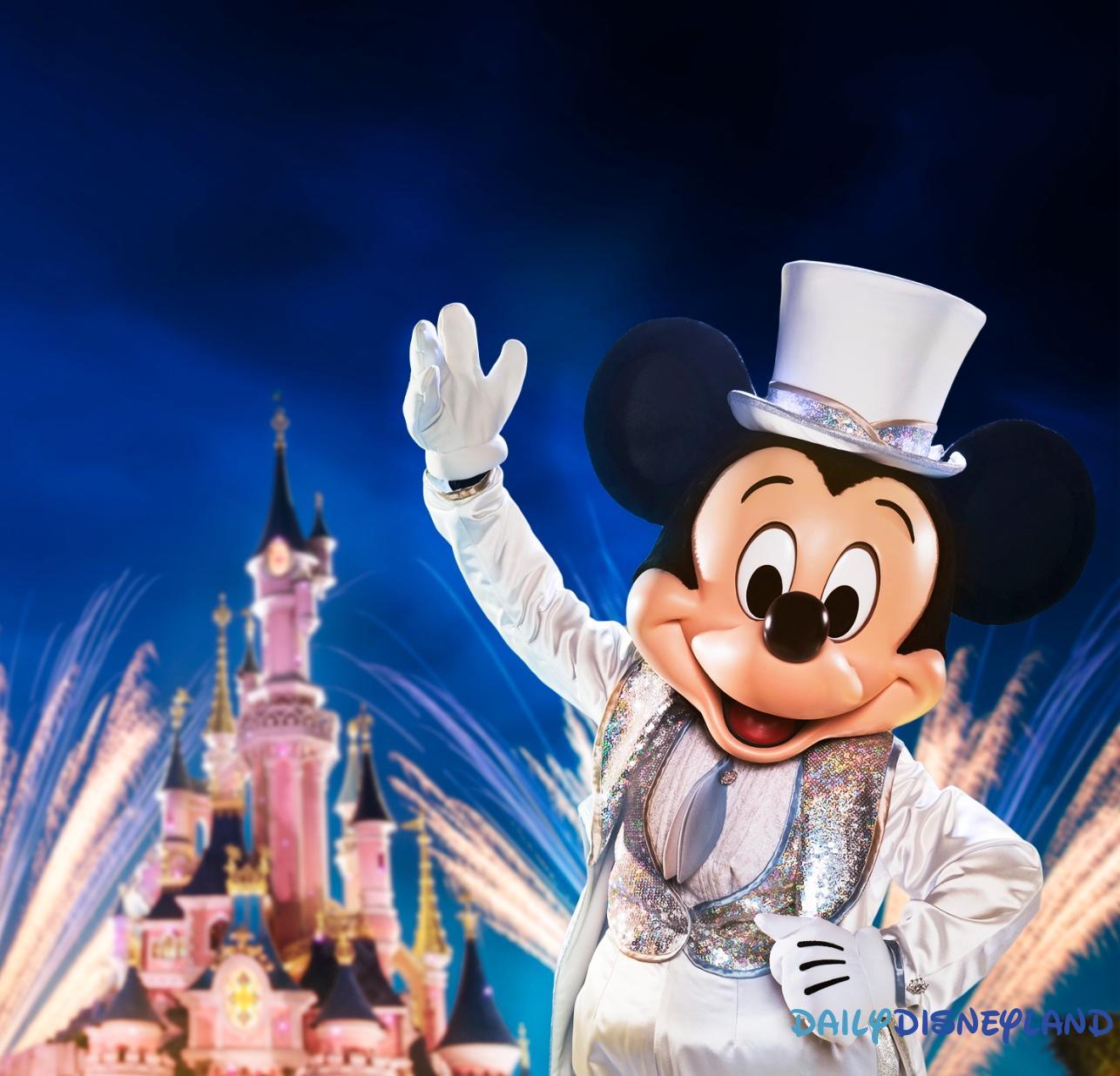 Image De Noel Walt Disney.Toutes Les Saisons A Venir En 2018 A Disneyland Paris